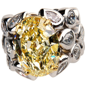 Splash Oval Fancy Ring