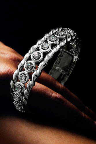 Diamond Bracelet at Kaufmann de Suisse Jewelers