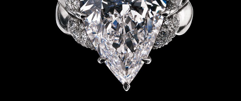 Pear Diamond Ring from the Flowing Lines Collection